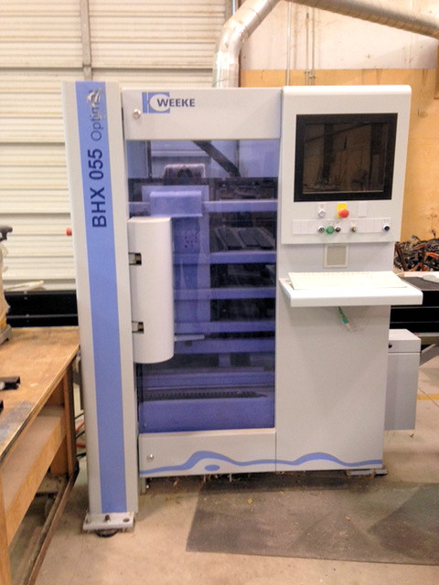 CNC MACHINING CENTER (VERTICAL)