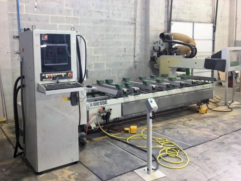 CNC MACHINING CENTER (W/ATC)