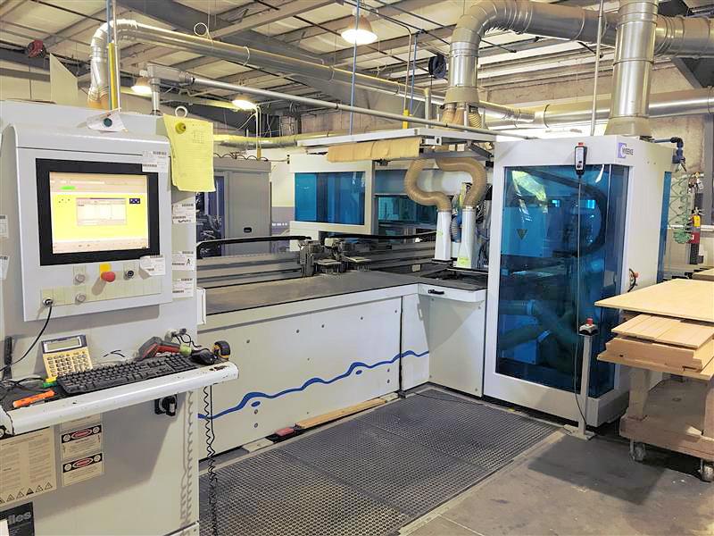 CNC MACHINING CENTER (2-HEAD)