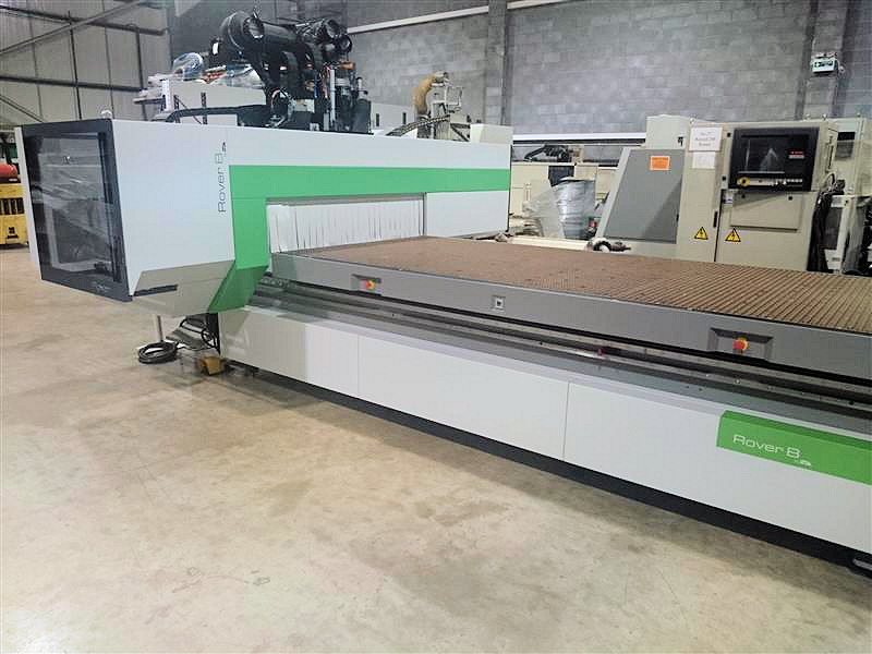 FLAT TABLE MACHINE (5-AXIS)