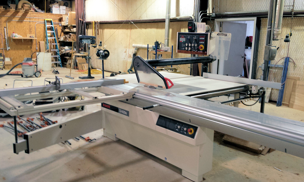 SLIDING TABLE SAW (PROGRAMMABLE)