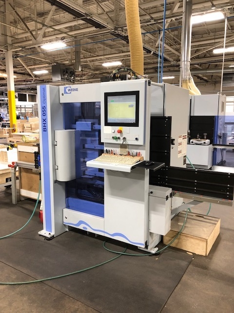 CNC MACHINING CENTER (VERTICAL)