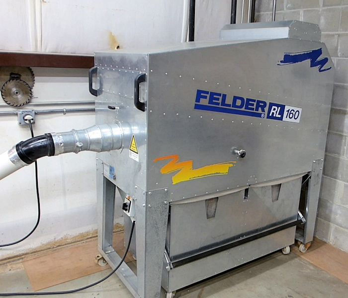 MOBILE CLEAN AIR DUST EXTRACTOR
