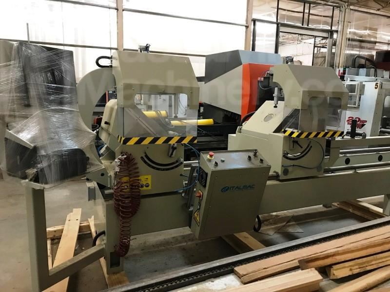 AUTOMATIC DOUBLE END MITER SAW